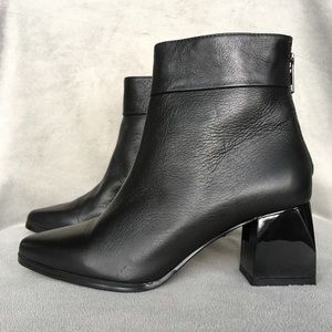 Intentionally Blank Jacob Leather Boots 36